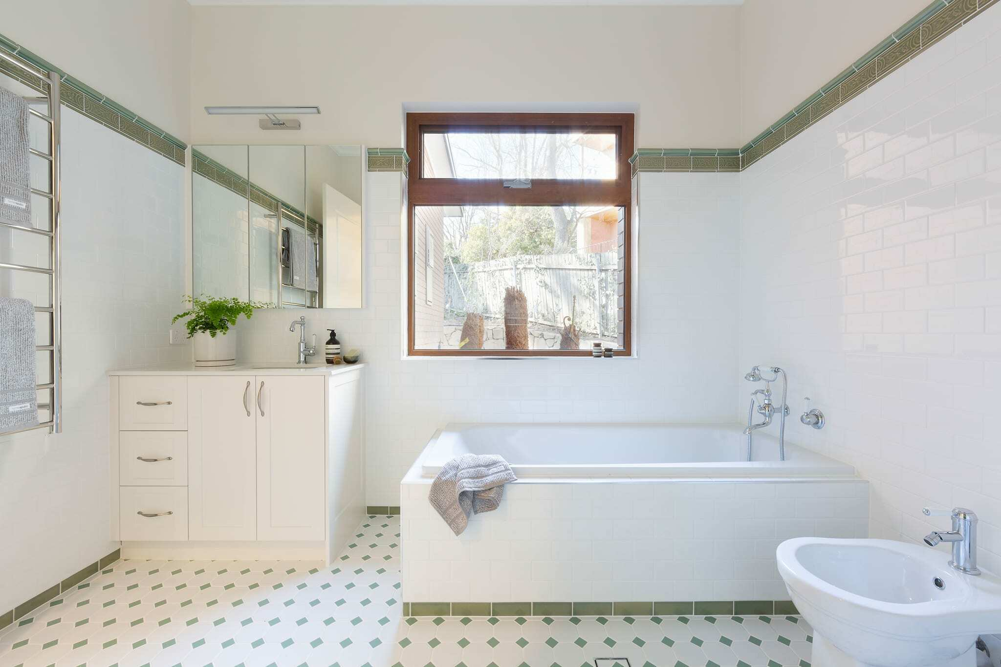 Homes by Howe Canberra builder – Governor Generals' renovation extension – Main bathroom